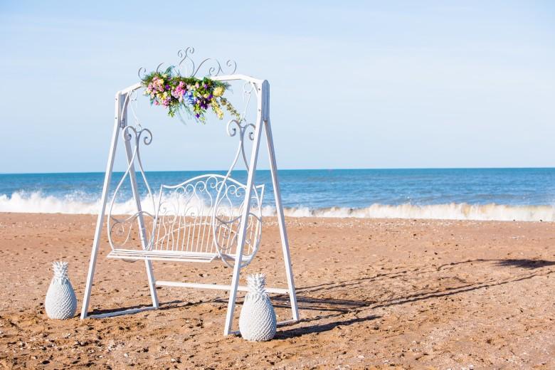 French-antique-wedding-location-decoration-mariage-27