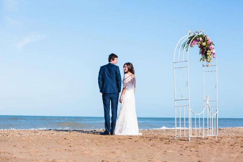 French-antique-wedding-location-decoration-mariage-29