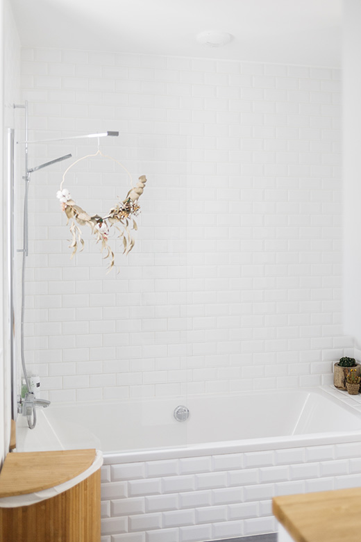 Love & Tralala_ home tour_ma salle de bains minimaliste