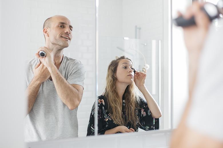 Lovetralala_ma routine matinale, dans la salle de bains en amoureux
